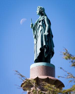 bronze-angel-of-resurrection-monument