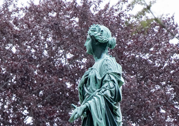 cedar-hill-statue-of-hope-jewell-monument